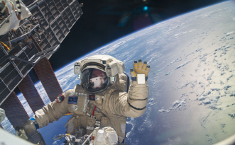 Source: https://futurism.com/space-leaves-astronauts-partially-blind-and-we-may-finally-know-why/